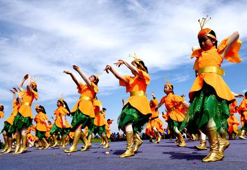 """Алтан хуа цэцгийн наадам-Шилийн гол аймгийн """"Өртөө дамнан мориор аялах наадам""""-ын нээлт боллоо"""