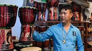 Хятад-Монголын олон улсын бараа бүтээгдэхүүний үзэсгэлэн Эзэнээ хошуунд болов