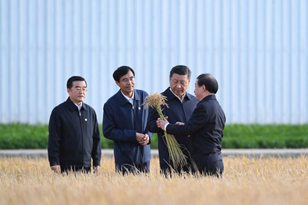 Ши Жиньпин Хармөрөн мужид ажиллав