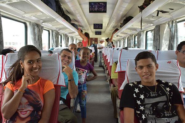 Хятадын галт тэрэг Кубад албан ёсоор ашиглалтад оров