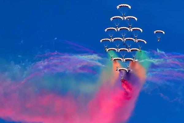 Кувейтын Фарвания хотод хоёр дахь агаарын шоу эхэллээ